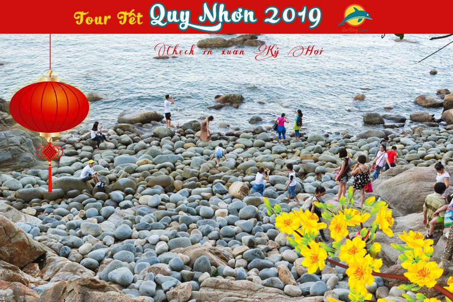 Bãi Trứng ở ghềnh ráng Tiên Sa thành phố Quy Nhơn